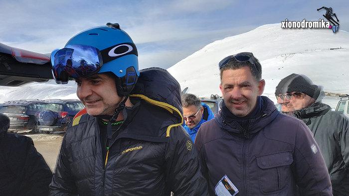 Ο Κυριάκος ανέβηκε στο Βελούχι και έκανε σκι [βίντεο]