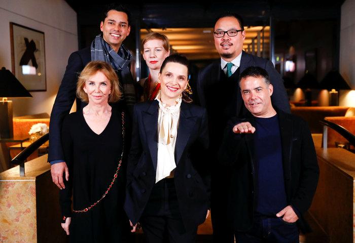 Η Ζιλιέτ Μπινός και η κριτική επιτροπή