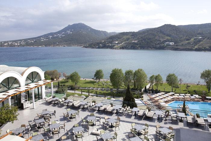 Η θέα από τα δωμάτια του ξενοδοχείου είναι εντυπωσιακή.