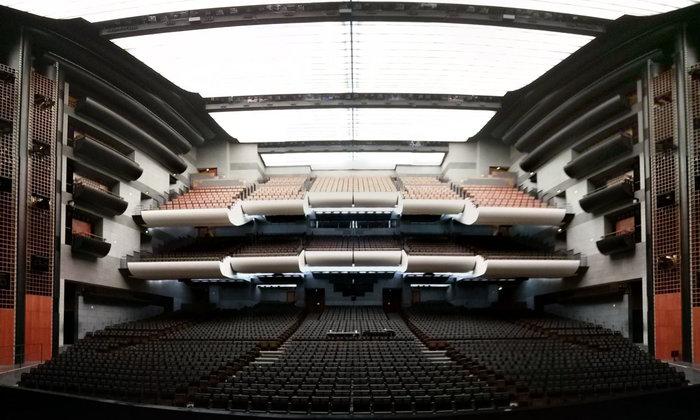 Η αίθουσα της όπερας