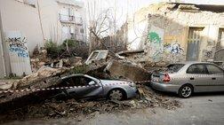 Κατέρρευσε εγκαταλελειμμένο σπίτι στο Γκάζι - Καταπλάκωσε δύο ΙΧ (φωτο)