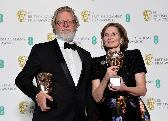 Tony McNamara and Deborah Davis οι σεναριογράφοι της Ευνοούμενης