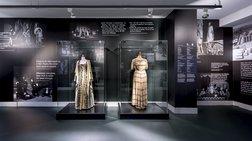 Τα εμβληματικά κοστούμια του Εθνικού Θεάτρου στο  Ελ. Βενιζέλος