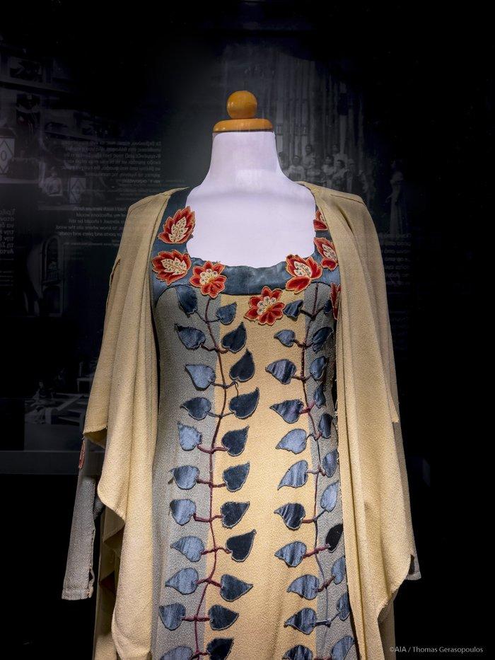 Τα εμβληματικά κοστούμια του Εθνικού Θεάτρου στο Ελ. Βενιζέλος - εικόνα 3
