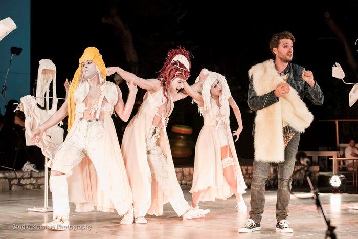 200 δωρεάν θέσεις στη γενική πρόβα της οπερέτας Η Ωραία Ελένη στο Ολύμπια - εικόνα 3