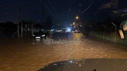 Εγκλωβισμένοι οδηγοί στα Χανιά σε δρόμους χειμάρρους - Κλείνουν δρόμοι-vid