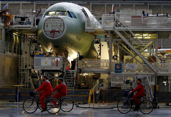 H Αirbus σταματά την παραγωγή των A380 [Εικόνες- Βίντεο] - εικόνα 2