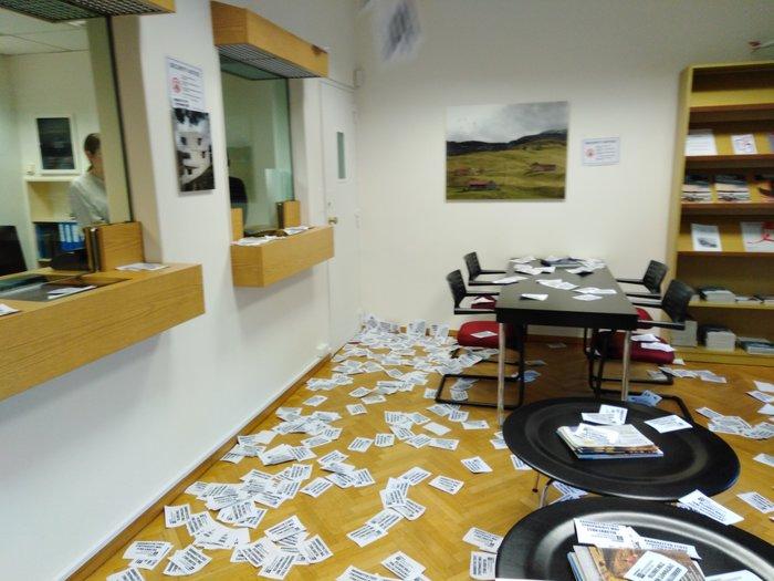 Έφοδος του Ρουβίκωνα στην ελβετική πρεσβεία στο Κολωνάκι, 10 προσαγωγές - εικόνα 4