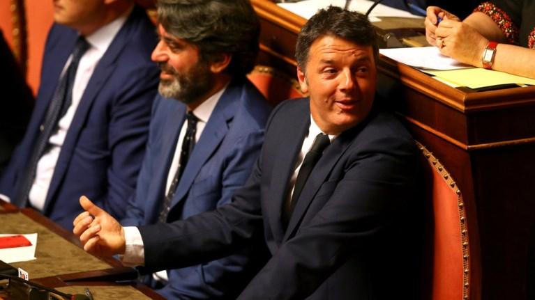 salos-stin-italia-se-katoikon-periorismo-oi-goneis-tou-mateo-rentsi