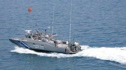 Διαρροή μαζούτ από δεξαμενόπλοιο στο λιμάνι του Λαυρίου