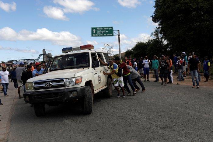 Βενεζουέλα: Δύο νεκροί και δεκαπέντε τραυματίες στα σύνορα με Βραζιλία - εικόνα 3