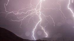 Έπεσαν 6.000 κεραυνοί στο Νότιο Αιγαίο την Κυριακή