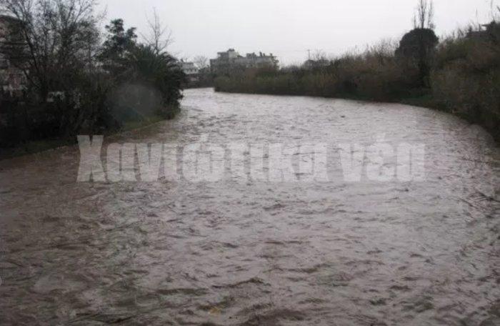 Πλημμύρισαν σπίτια και δρόμοι στα Χανιά (φωτό)