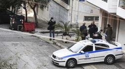 Διέρρηξαν σπίτι αστυνομικών στο Παγκράτι και πήραν όπλα