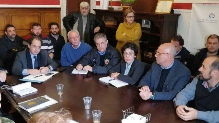 Έρευνες για τον αγνοούμενο στην Κρήτη, επτά εγκλωβισμένοι από κατολίσθηση - εικόνα 2