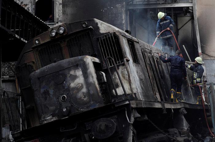 Κάιρο: 25 νεκροί, 50 τραυματίες από φωτιά στον σταθμό τρένων - εικόνα 3