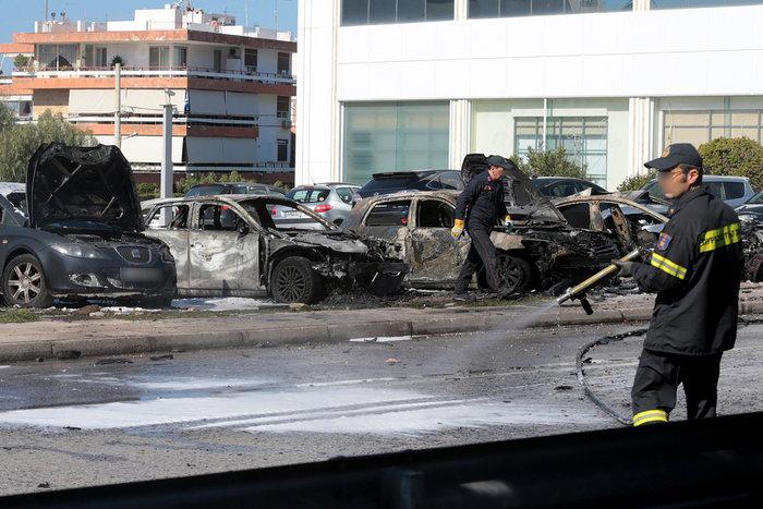 Έκρηξη στη Γλυφάδα: Τα σενάρια που εξετάζει η ΕΛΑΣ - εικόνα 3