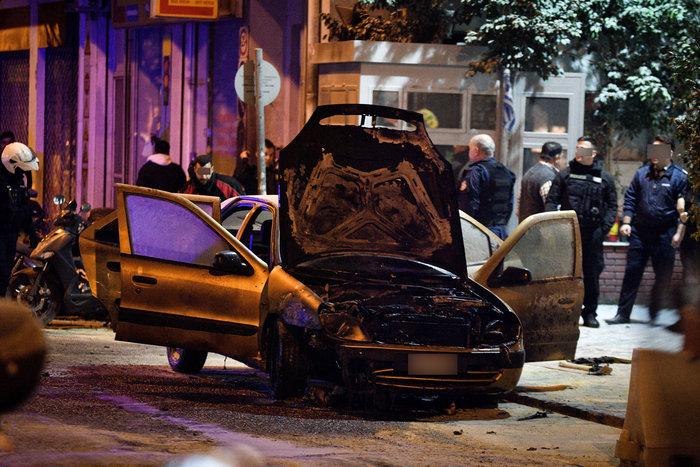 Νυχτερινές επιθέσεις σε αστυνομικούς σε Αθήνα και Θεσσαλονίκη - Vid - εικόνα 2