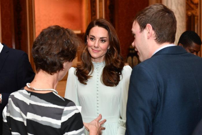 Μακριά και αγαπημένες: Κέιτ και Μέγκαν σε σπάνια κοινή εμφάνιση στο παλάτι - εικόνα 2