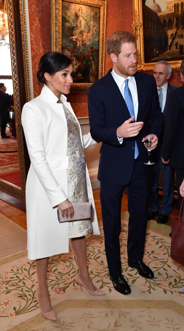 Μακριά και αγαπημένες: Κέιτ και Μέγκαν σε σπάνια κοινή εμφάνιση στο παλάτι - εικόνα 4