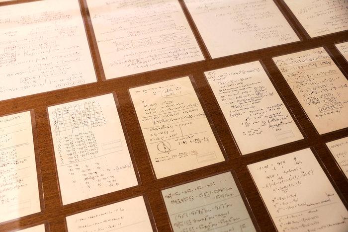 Στο φως 110 χειρόγραφες σημειώσεις του Αλμπερτ Αϊνστάιν (φωτογραφίες)