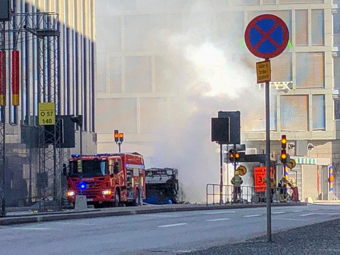 Εκρηξη σε λεωφορείο στο κέντρο της Στοκχόλμης - εικόνα 4
