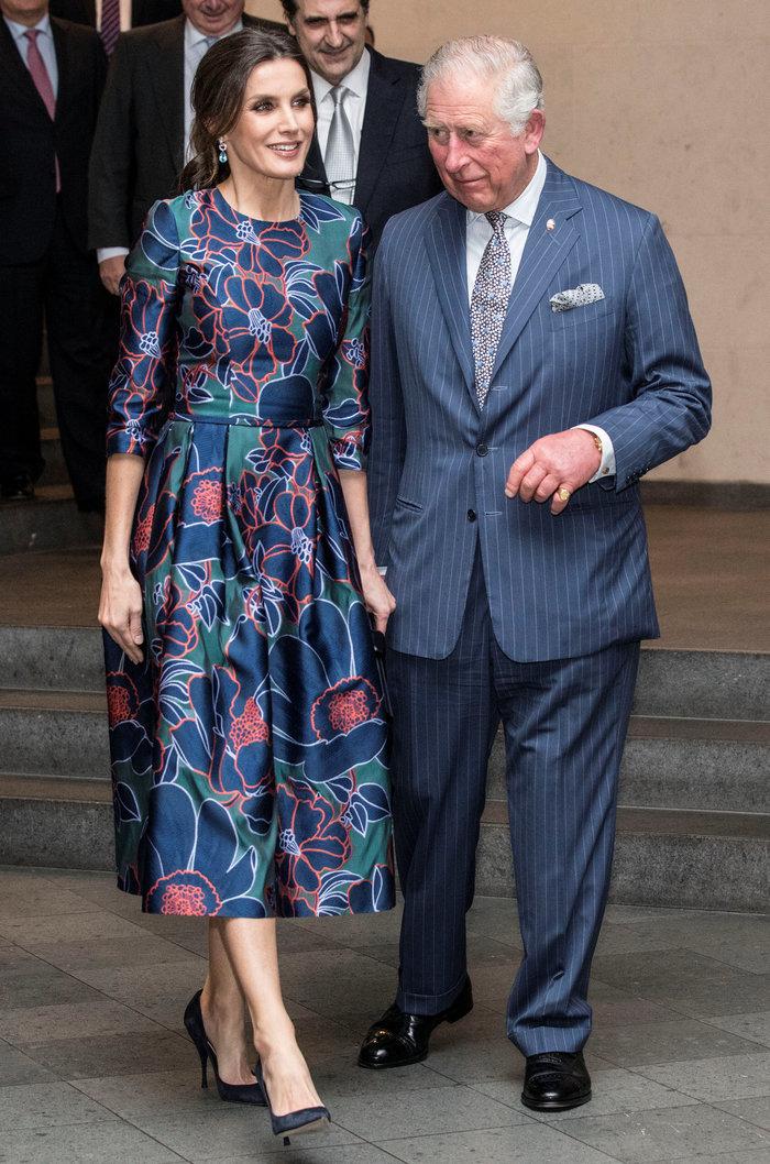 Η Βασίλισσα Λετίσια κατακτά το Λονδίνο: Η κομψή εμφάνιση με απίθανο φόρεμα