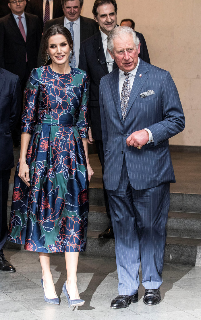 Η Βασίλισσα Λετίσια κατακτά το Λονδίνο: Η κομψή εμφάνιση με απίθανο φόρεμα - εικόνα 2