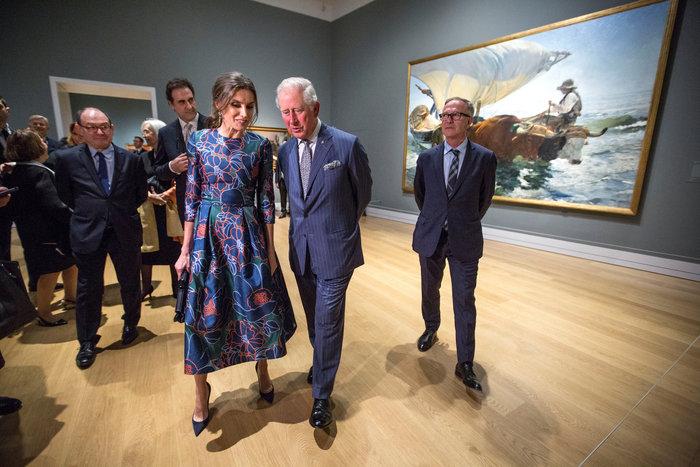 Η Βασίλισσα Λετίσια κατακτά το Λονδίνο: Η κομψή εμφάνιση με απίθανο φόρεμα - εικόνα 7