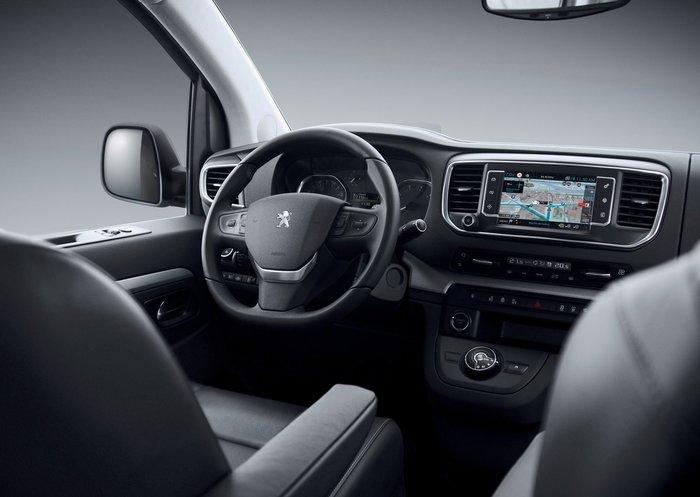 Το Peugeot Traveller LUX είναι ένα Minibus για VIP μετακινήσεις - εικόνα 2