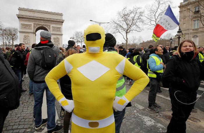 Nέα επεισόδια στο Παρίσι με αστυνομία και «κίτρινα γιλέκα» - εικόνα 6