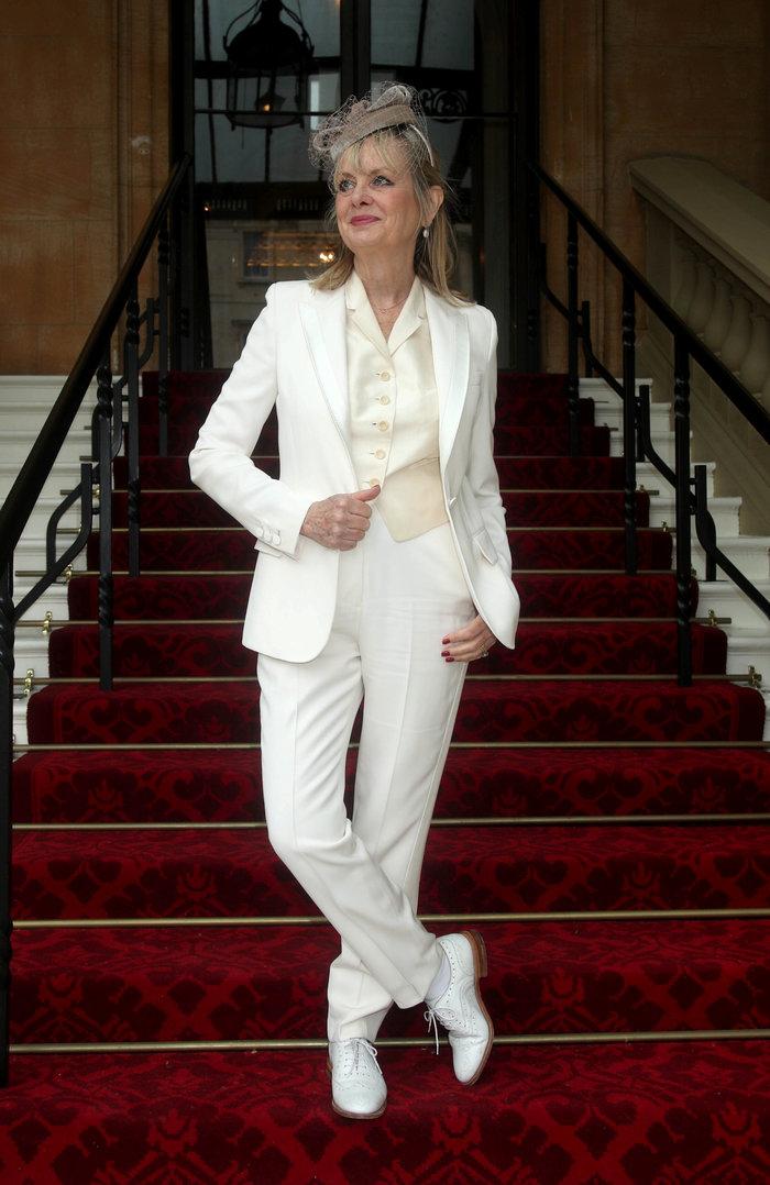 Η Tουίγκι, το θρυλικό μοντέλο των sixties έγινε Dame στα 69 της
