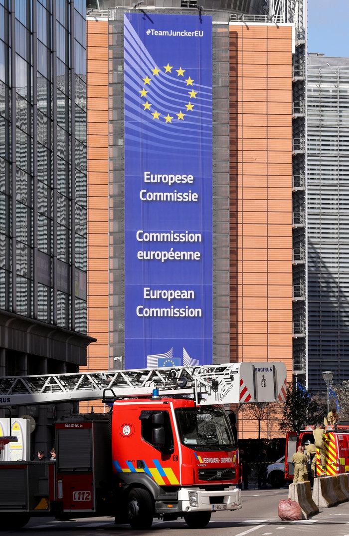 Aπειλή για βόμβα στις Βρυξέλλες κοντά στην Κομισιόν - εικόνα 3