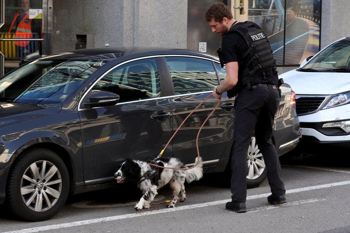 Aπειλή για βόμβα στις Βρυξέλλες κοντά στην Κομισιόν - εικόνα 4