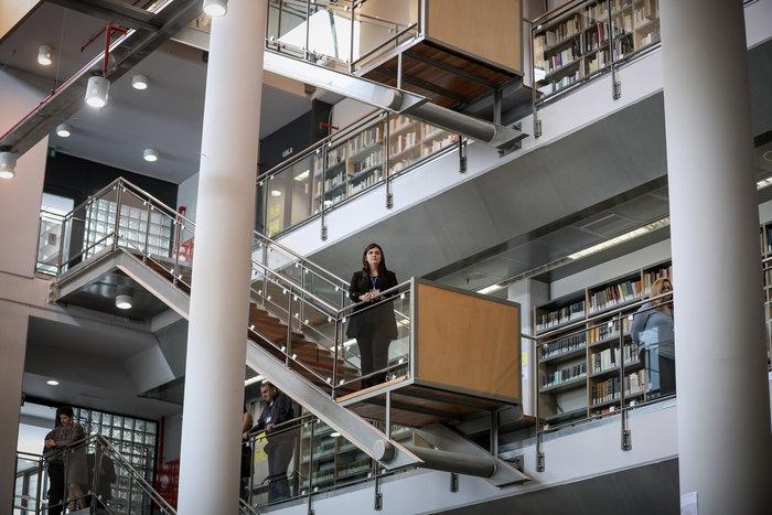Ο Πρ. Παυλόπουλος εγκαινίασε τη βιβλιοθήκη της Φιλοσοφικής Σχολής του ΕΚΠΑ