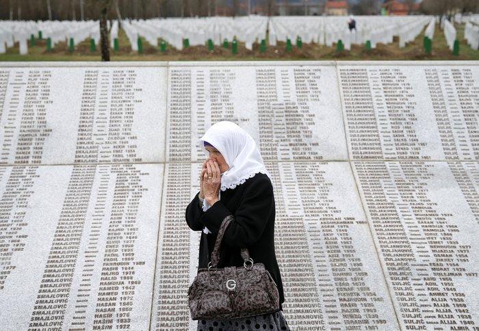Ισόβια στον Ράντοβαν Κάρατζιτς για τη σφαγή της Σρεμπρένιτσα - εικόνα 3