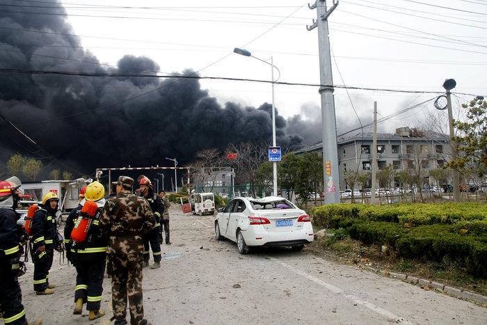 Iσχυρή έκρηξη σε εργοστάσιο χημικών στην Κίνα