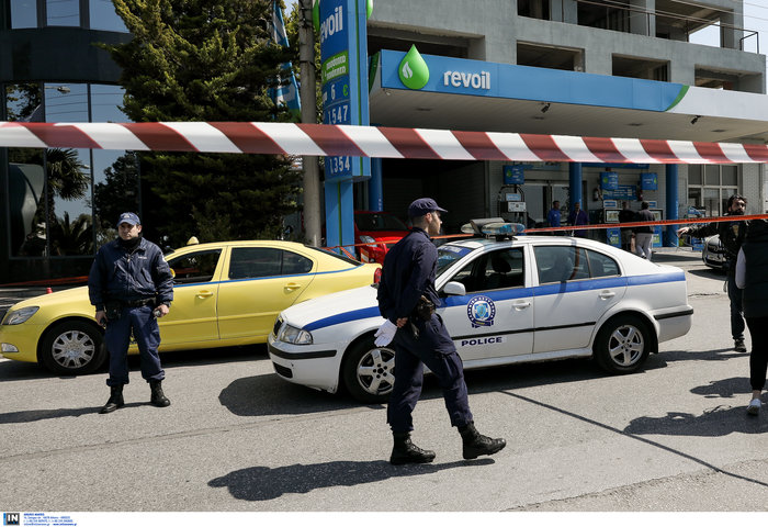 Σοκ στο Ελληνικό: Στρατιωτικός πυροβόλησε τη σύντροφό του - εικόνα 2