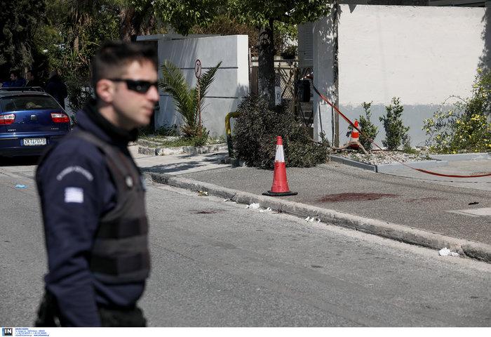 Σοκ στο Ελληνικό: Στρατιωτικός πυροβόλησε τη σύντροφό του - εικόνα 3
