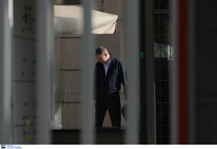 """Επίθεση στο Ρωσικό Προξενείο: Οι κάμερες """"έπιασαν"""" τους δράστες - εικόνα 7"""