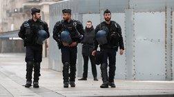Στρατός και Αστυνομία ενάντια στα «κίτρινα γιλέκα» στο Παρίσι