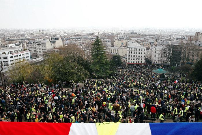 Συγκρούσεις στις διαδηλώσεις των κίτρινων γιλέκων στη Γαλλία - εικόνα 2