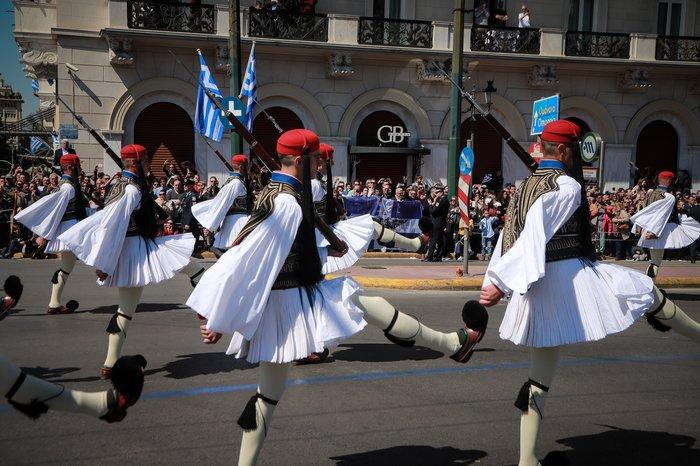 Εντυπωσίασαν οι Ένοπλες Δυνάμεις στην παρέλαση της Αθήνας - εικόνα 3