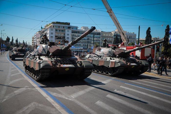 Εντυπωσίασαν οι Ένοπλες Δυνάμεις στην παρέλαση της Αθήνας - εικόνα 10
