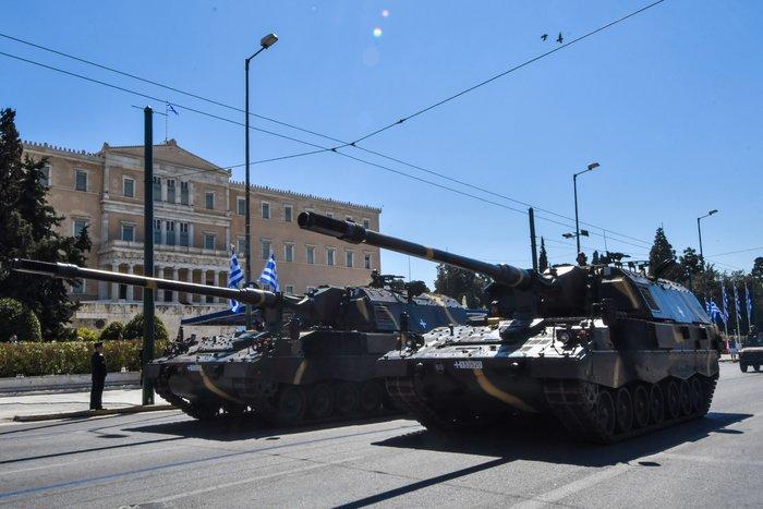 Εντυπωσίασαν οι Ένοπλες Δυνάμεις στην παρέλαση της Αθήνας - εικόνα 11