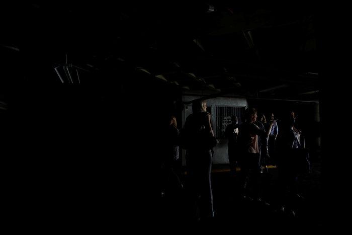 Στο σκοτάδι μεγάλο τμήμα της Βενεζουέλας και το Καράκας-Nέο μπλακ άουτ ΦΩΤΟ