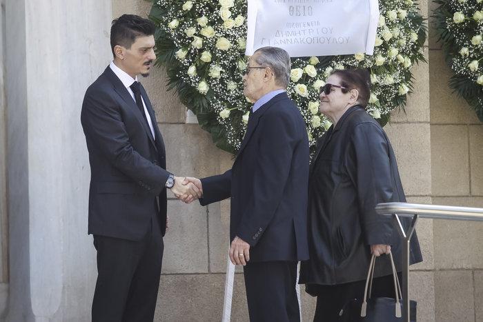 Το τελευταίο αντίο στον Θανάση Γιαννακόπουλο - εικόνα 8