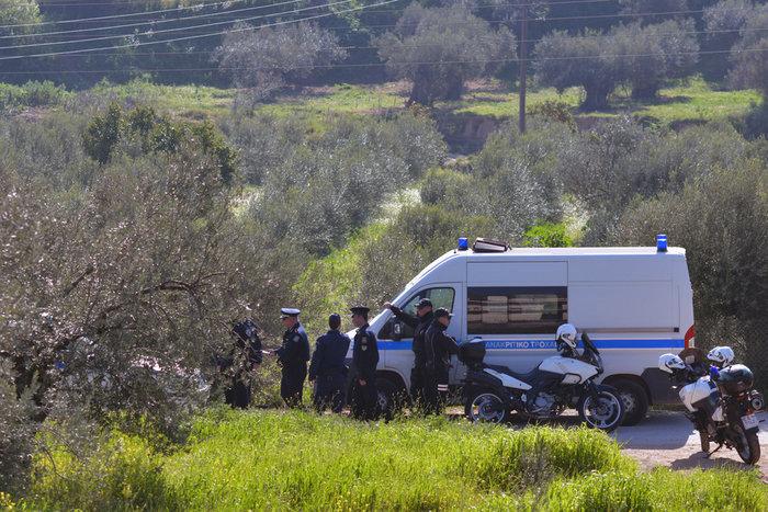 Δολοφονία Ρομά: Συμπλοκές έξω από τα δικαστήρια της Κορίνθου - εικόνα 2