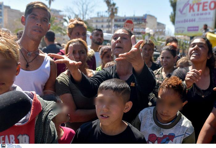 Δολοφονία Ρομά: Συμπλοκές έξω από τα δικαστήρια της Κορίνθου - εικόνα 5