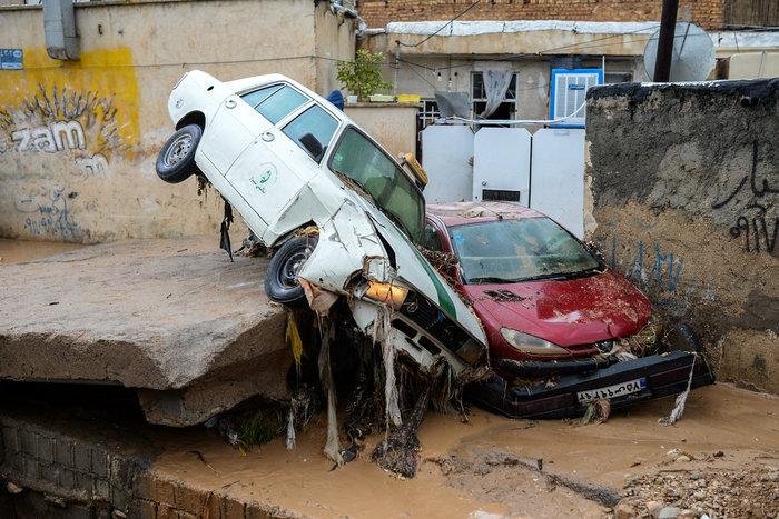 Ιράν: 23 άνθρωποι έχασαν τη ζωή τους από πλημμύρες